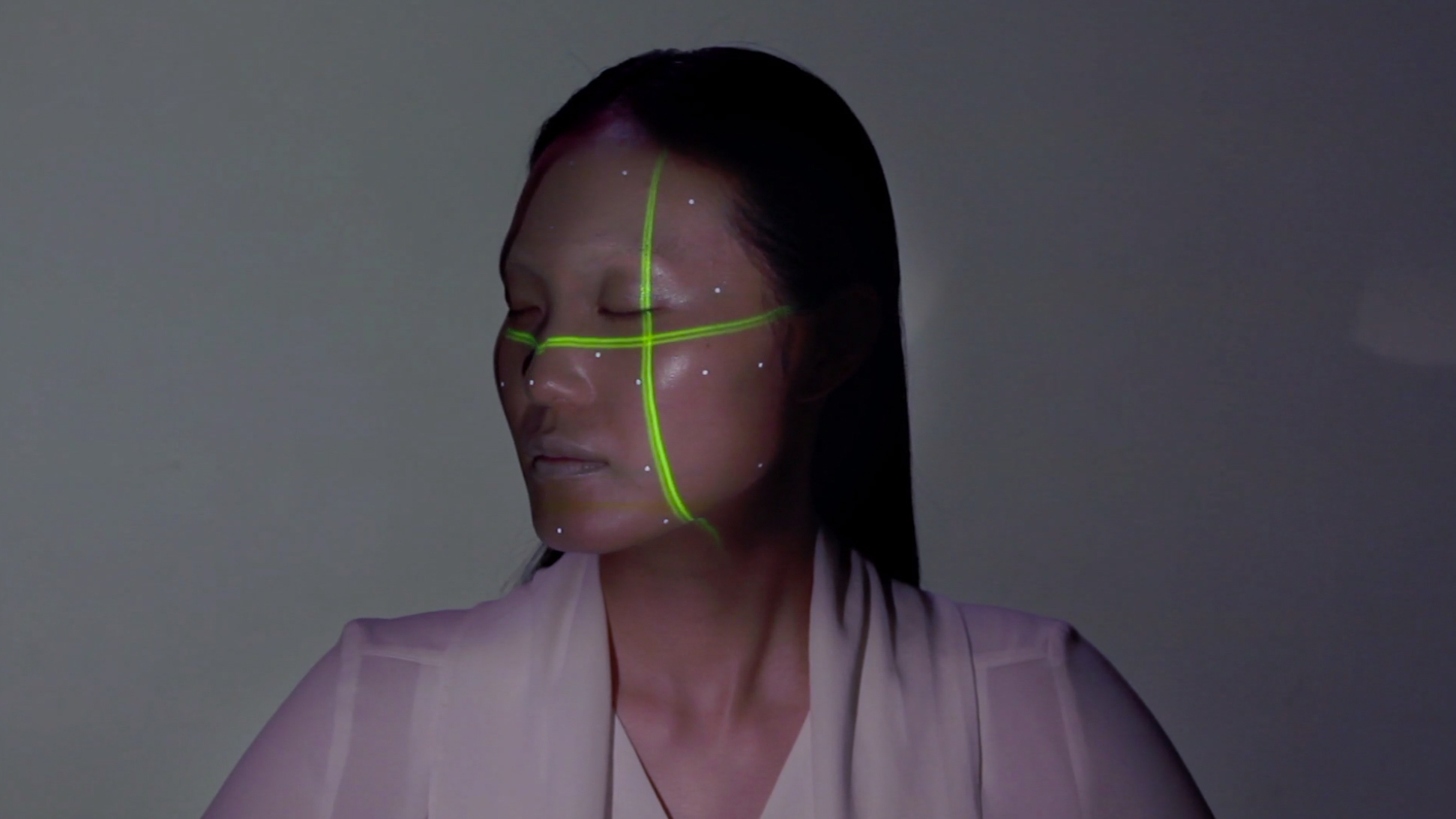 OMOTE--REAL-TIME-FACE-TRACKING--PROJECTION-MAPPING