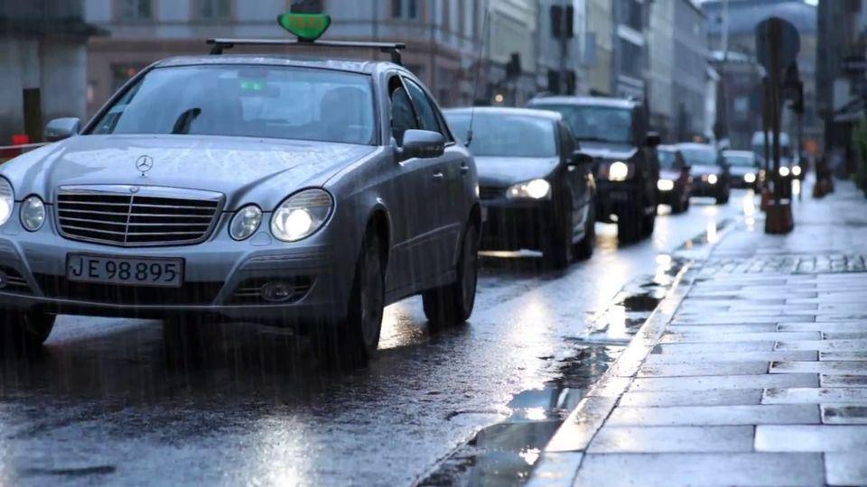 Rain-with-Boris-FX-and-Mocha-AE